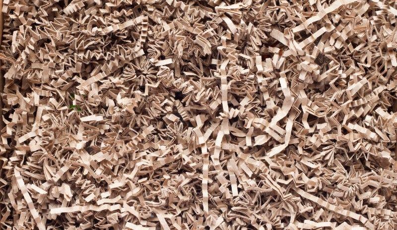 Paski pociętego przez niszczarkę papieru